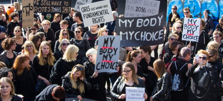 Proteste gegen die Verschärfung des Abtreibungsrechts in Polen