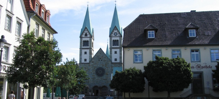 Werl: Marktplatz mit Wallfahrtsbasilika