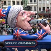 In London: Der Brexit-Wagen von Jacques Tilly