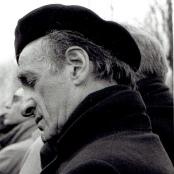 Elie Wiesel gedenkt der Opfer von Auschwitz - 50 Jahre nach Befreiung des KZs am 27. Januar 1995.