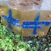 Geschändete Grabstätte