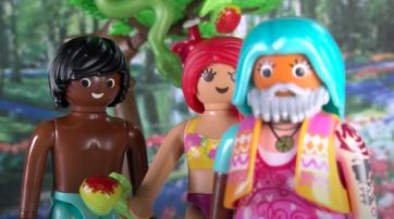 Adam, Eva und Gott, der Hippie (v.l.n.r.)