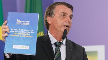 Jair Bolsonaro stellt den nationalen Impfplan vor