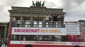 """Säkulare Buskampagne """"Schlussmachen.jetzt"""""""