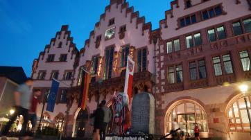 """""""11. Gebot"""" auf dem Frankfurter Römer"""