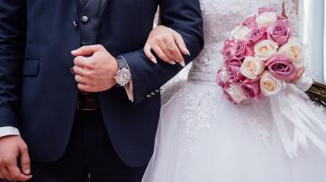 Wenn der Vater die Braut zum Altar führt, ist das Ausdruck eines antiquierten Rollenverständnisses, findet Pfarrer Marco Klein.