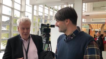 Der Autor und der Preisträger: Dr. Thomas Hocke (l.) und Sasa Stanisic (r.).