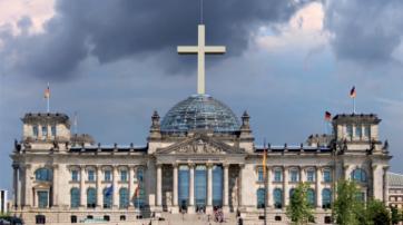 """Coverfoto von des Buches """"Kirchenrepublik Deutschland"""" von Carsten Frerk."""