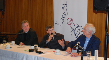 Frank Erbguth, Helmut Fink (Moderator), Dieter Birnbacher (v.r.n.l.)